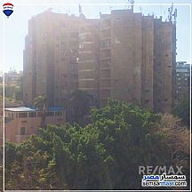Ad Photo: Building 3 bedrooms 2 baths 200 sqm in Mohandessin  Giza