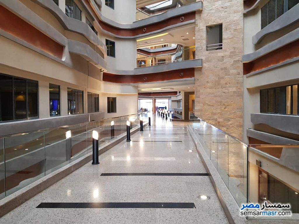 Photo 4 - Commercial 57 sqm For Sale Fifth Settlement Cairo