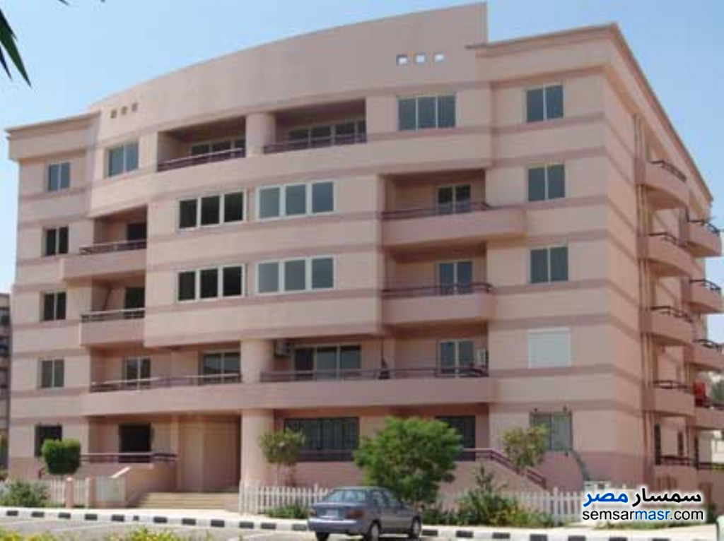 Ad Photo: Apartment 3 bedrooms 2 baths 136 sqm lux in Egypt