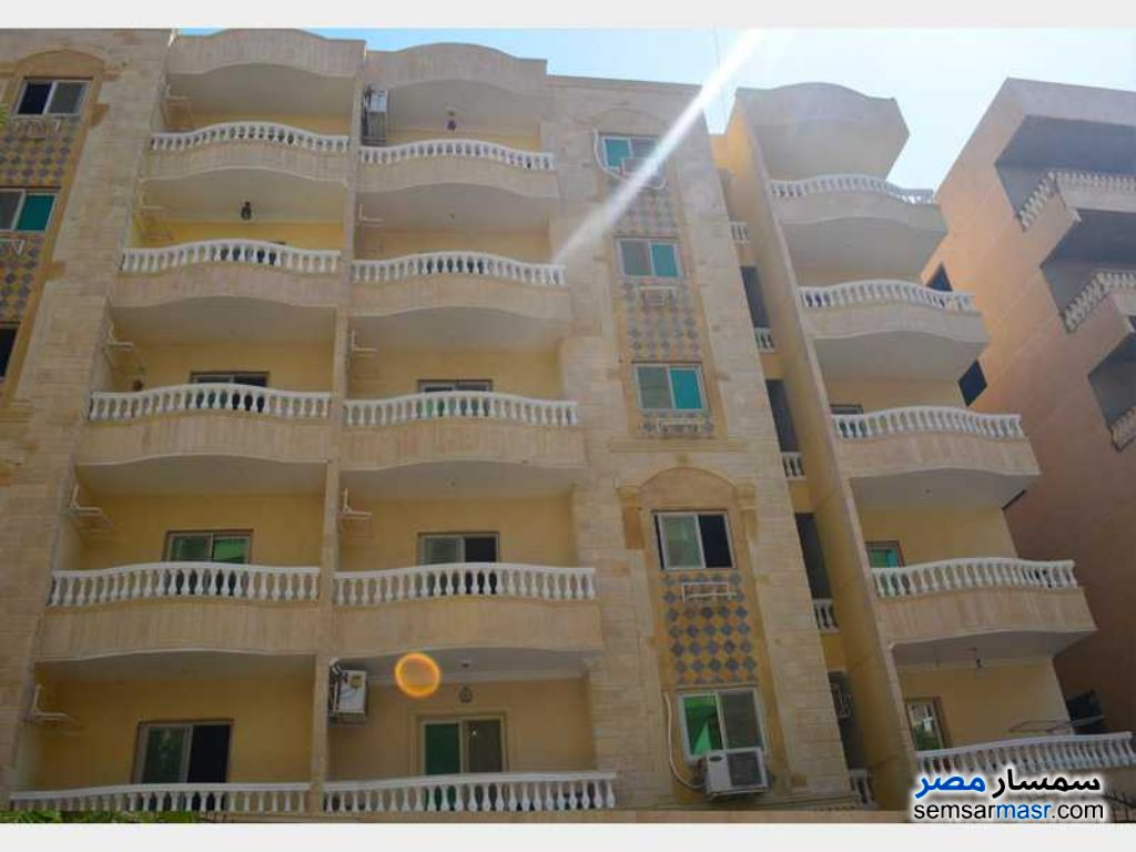 Photo 1 - Apartment 3 bedrooms 2 baths 130 sqm semi finished For Sale Hadayek Al Ahram Giza