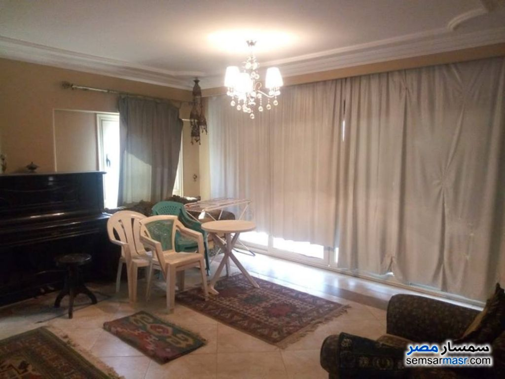 Photo 2 - Apartment 3 bedrooms 2 baths 185 sqm super lux For Sale Mokattam Cairo