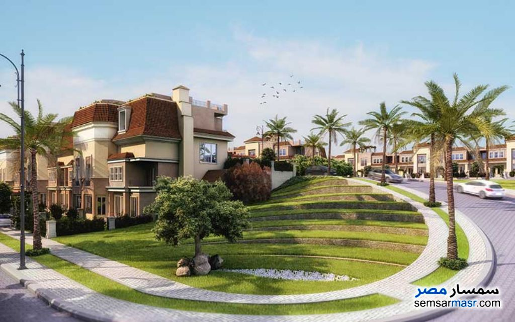 Ad Photo: Villa 4 bedrooms 3 baths 260 sqm semi finished in Fifth Settlement  Cairo
