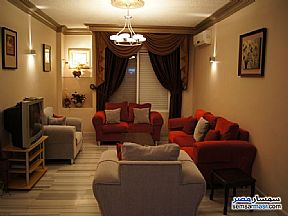 Ad Photo: Apartment 2 bedrooms 1 bath 110 sqm super lux in Haram  Giza