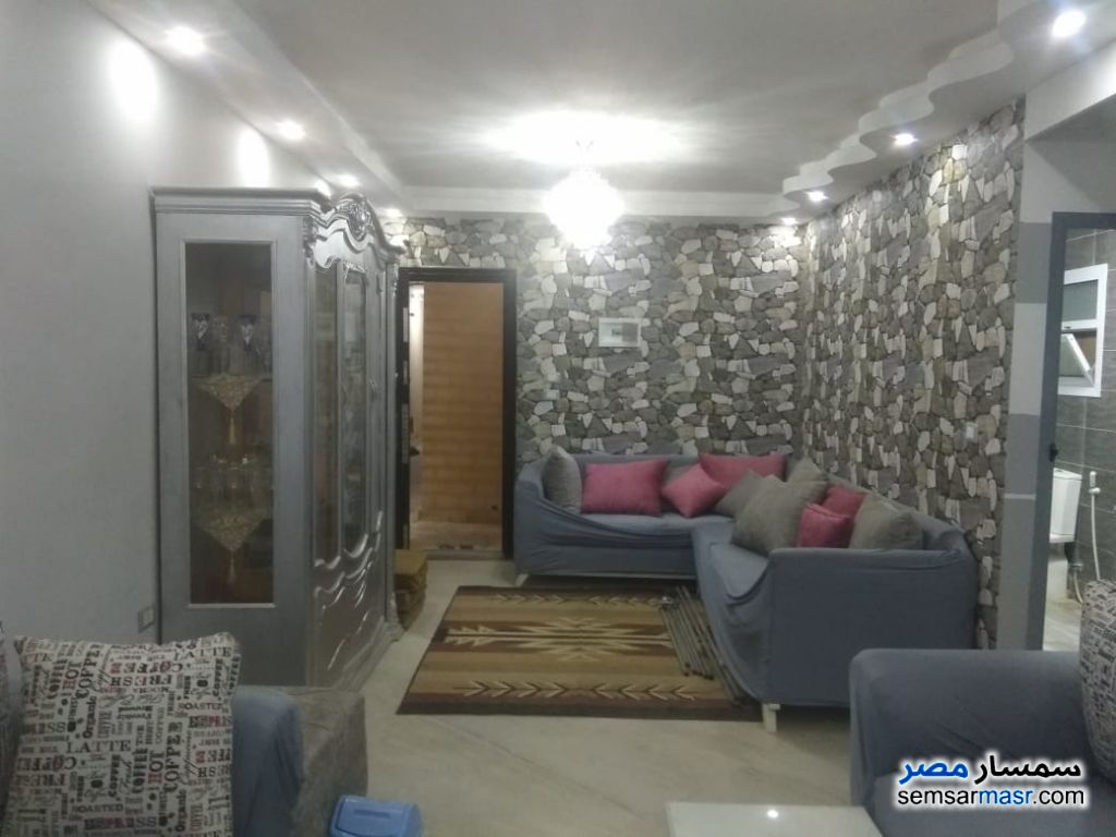Photo 1 - Apartment 2 bedrooms 1 bath 100 sqm super lux For Sale Hadayek Al Ahram Giza