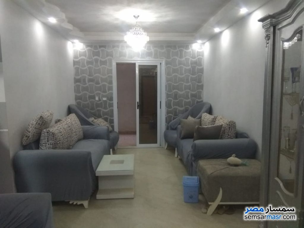 Photo 2 - Apartment 2 bedrooms 1 bath 100 sqm super lux For Sale Hadayek Al Ahram Giza