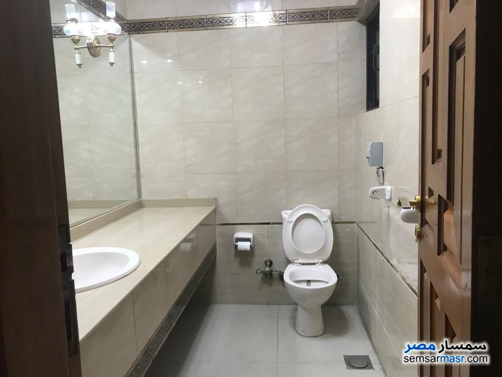 Photo 17 - Apartment 3 bedrooms 1 bath 150 sqm super lux For Rent Maadi Cairo