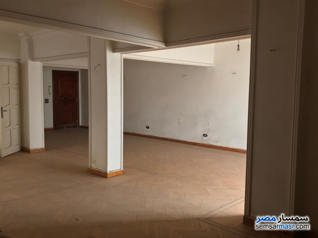 Photo 36 - Apartment 4 bedrooms 1 bath 250 sqm extra super lux For Sale Heliopolis Cairo