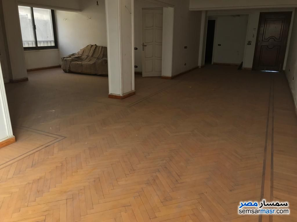 Photo 13 - Apartment 4 bedrooms 1 bath 250 sqm extra super lux For Sale Heliopolis Cairo