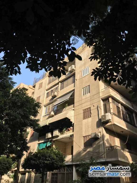 Photo 2 - Apartment 4 bedrooms 1 bath 250 sqm extra super lux For Sale Heliopolis Cairo