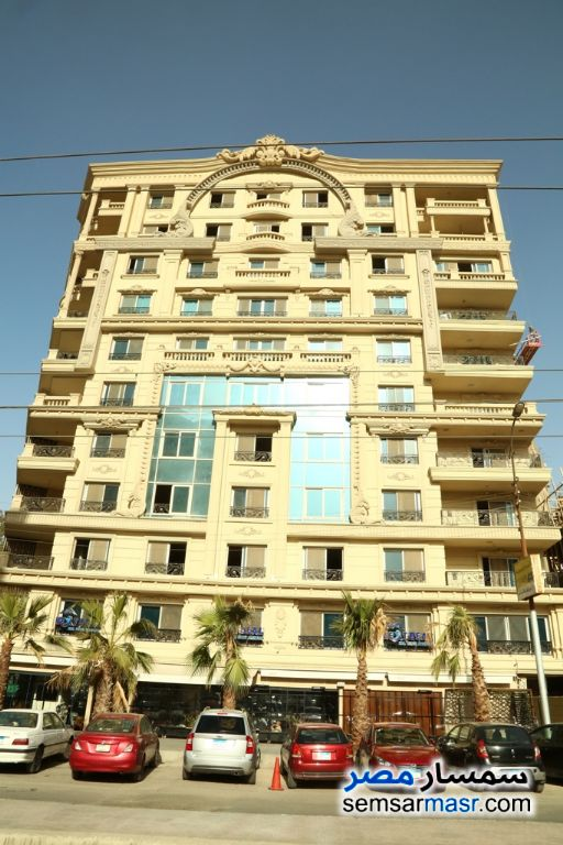 Ad Photo: Apartment 3 bedrooms 3 baths 280 sqm semi finished in Heliopolis  Cairo