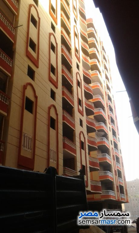 Photo 1 - Apartment 3 bedrooms 1 bath 140 sqm super lux For Sale Haram Giza