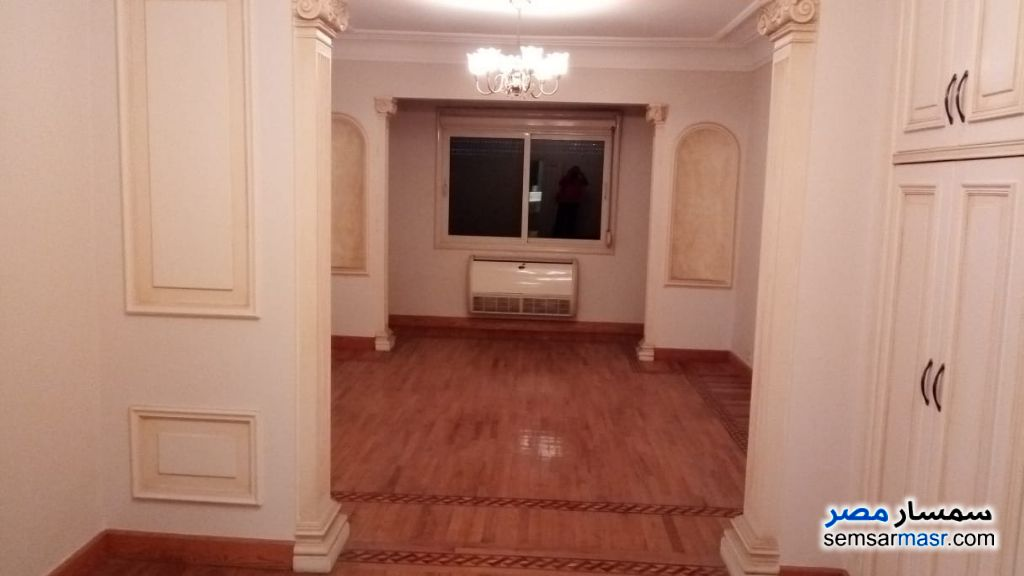 Photo 11 - Apartment 3 bedrooms 3 baths 288 sqm extra super lux For Sale Dokki Giza