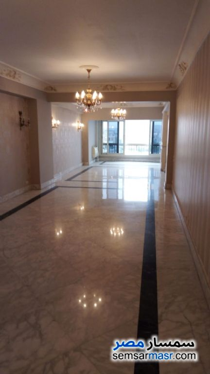 Photo 1 - Apartment 3 bedrooms 3 baths 288 sqm extra super lux For Sale Dokki Giza