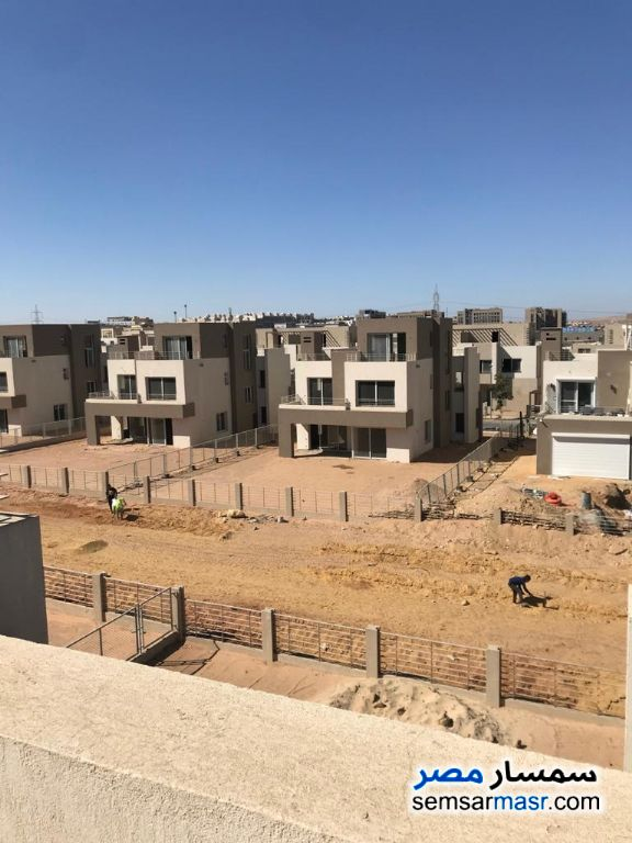 Ad Photo: Villa 3 bedrooms 3 baths 360 sqm semi finished in Palm Hills  6th of October