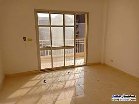 Apartment 3 bedrooms 2 baths 114 sqm super lux For Sale Madinaty Cairo - 2