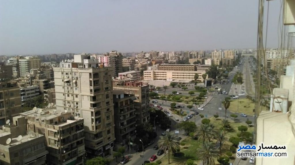 Ad Photo: Apartment 3 bedrooms 2 baths 180 sqm super lux in Heliopolis  Cairo