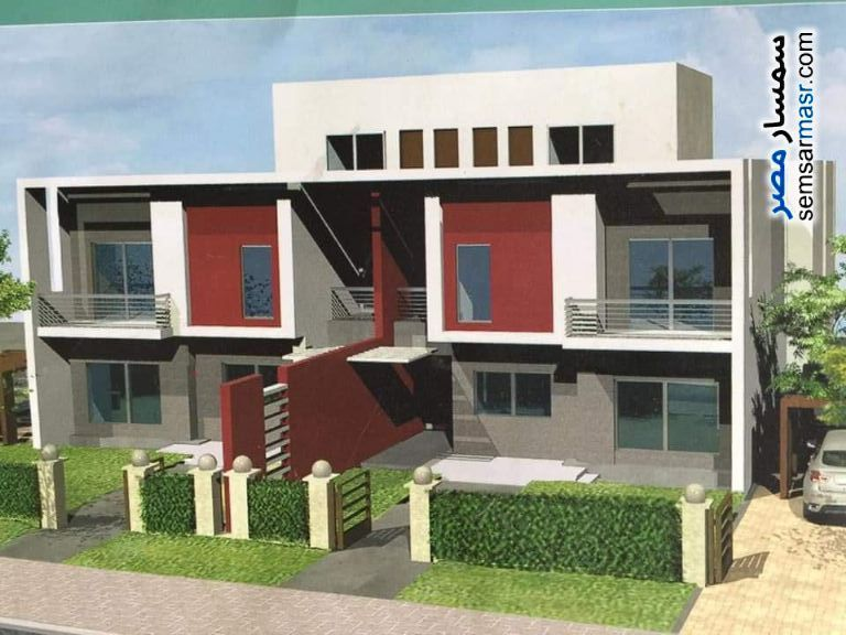 Ad Photo: Villa 3 bedrooms 4 baths 238 sqm without finish in Madinaty  Cairo