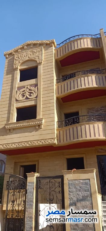 Ad Photo: Villa 3 bedrooms 3 baths 215 sqm semi finished in El Ubour City  Qalyubiyah