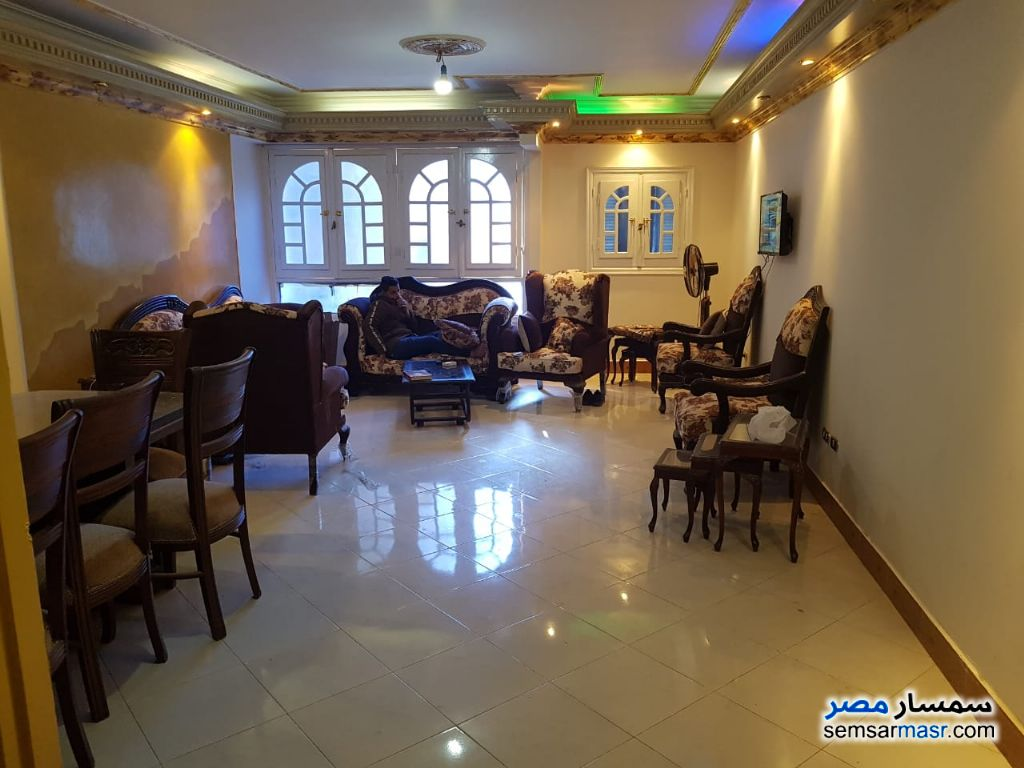 Photo 1 - Apartment 3 bedrooms 2 baths 200 sqm super lux For Rent Haram Giza