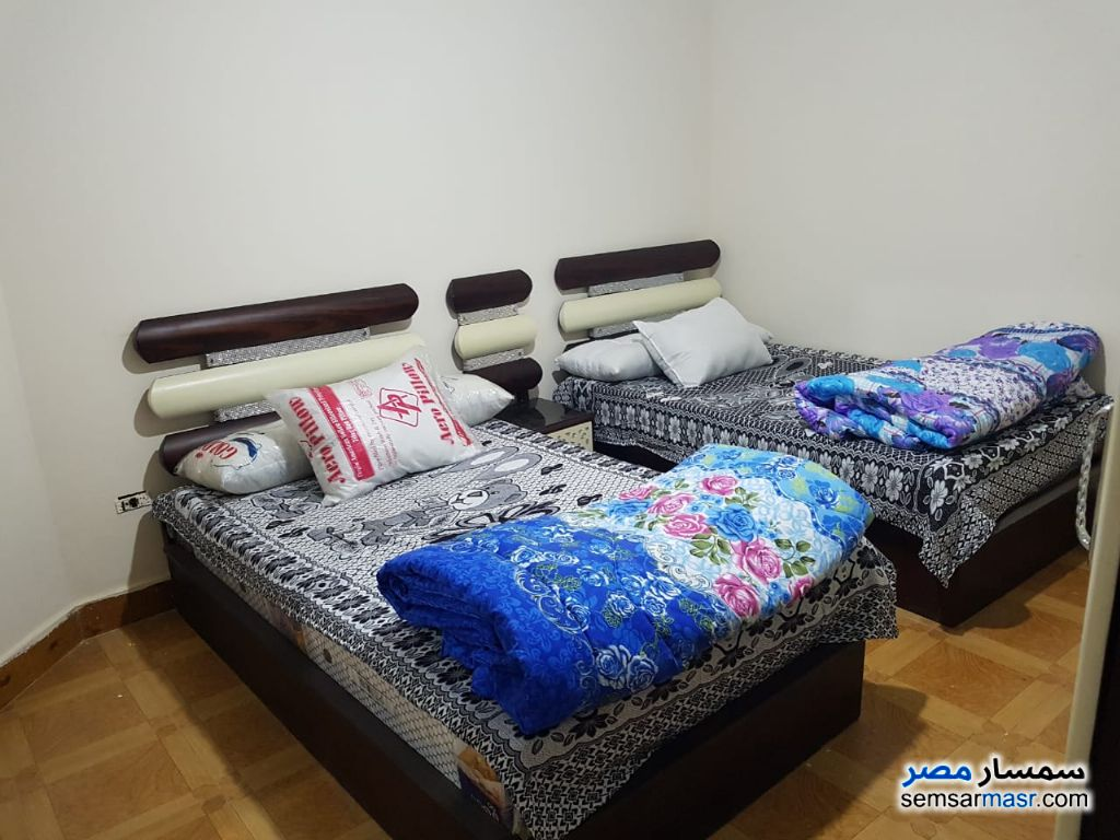 Photo 5 - Apartment 3 bedrooms 2 baths 200 sqm super lux For Rent Haram Giza
