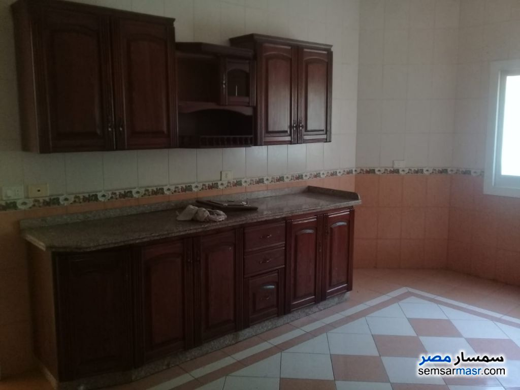 Photo 17 - Villa 3 bedrooms 2 baths 300 sqm super lux For Rent Shorouk City Cairo