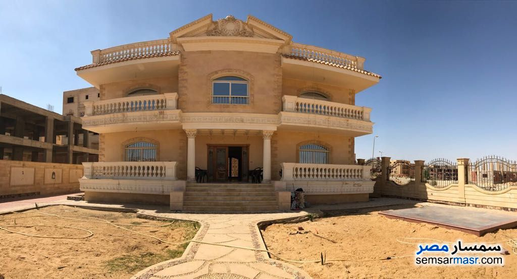 Photo 7 - Villa 6 bedrooms 6 baths 870 sqm extra super lux For Sale Shorouk City Cairo