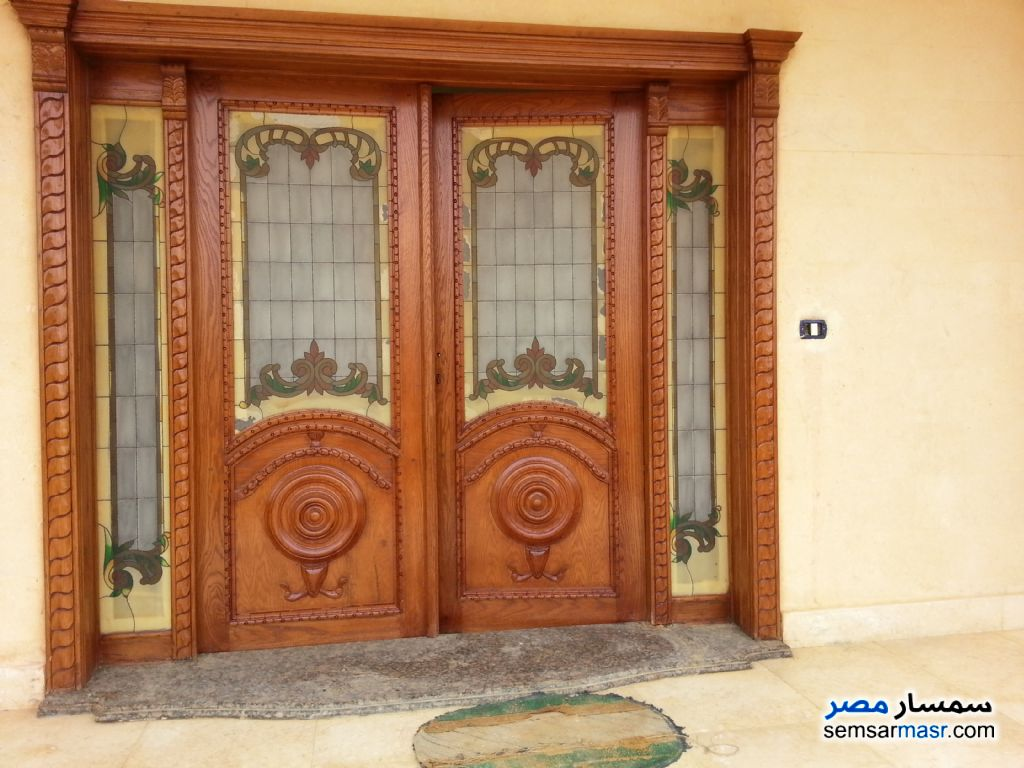 Ad Photo: Villa 6 bedrooms 6 baths 870 sqm extra super lux in Shorouk City  Cairo