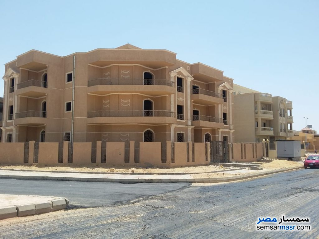 صورة الاعلان: 5 Apartments for sale in Shorouq city في مصر