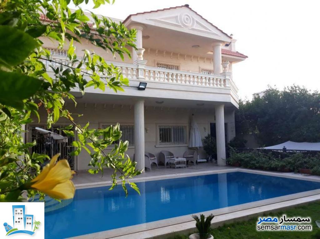 Ad Photo: Villa 3 bedrooms 3 baths 350 sqm extra super lux in King Maryot  Alexandira