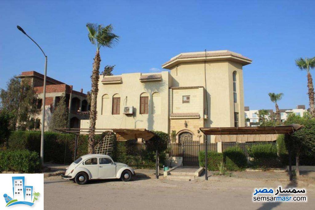 Ad Photo: Villa 4 bedrooms 3 baths 300 sqm in 10th Of Ramadan  Sharqia