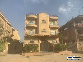Ad Photo: Villa 9 bedrooms 8 baths 600 sqm semi finished in West Somid  6th of October