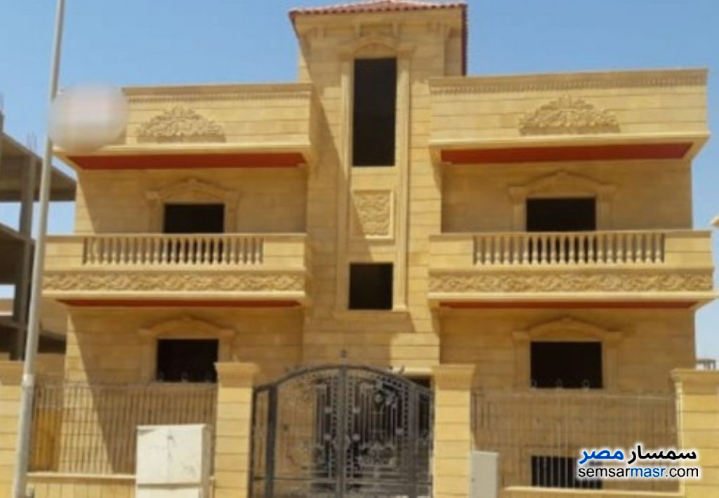 Ad Photo: Villa 6 bedrooms 4 baths 900 sqm without finish in El Bostan  6th of October
