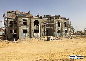 Ad Photo: Villa 4 bedrooms 3 baths 239 sqm semi finished in El Ubour City  Qalyubiyah