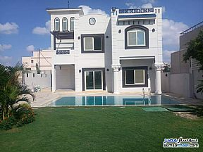 Ad Photo: Villa 4 bedrooms 4 baths 500 sqm extra super lux in King Maryot  Alexandira