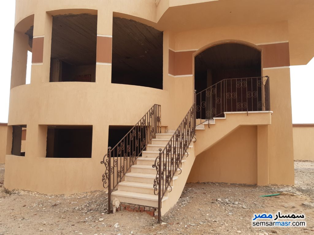 Ad Photo: Villa 5 bedrooms 5 baths 355 sqm semi finished in Hurghada  Red Sea