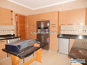 Villa 5 bedrooms 5 baths 425 sqm extra super lux For Sale Maadi Cairo - 3