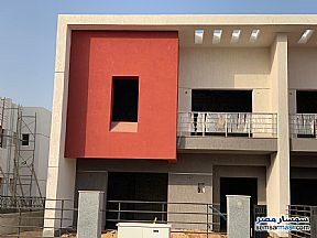 Ad Photo: Villa 3 bedrooms 4 baths 226 sqm without finish in Madinaty  Cairo