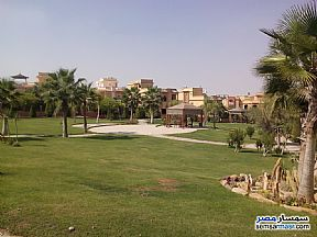 Ad Photo: Villa 5 bedrooms 4 baths 211 sqm super lux in Fifth Settlement  Cairo