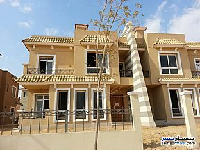Ad Photo: Villa 3 bedrooms 2 baths 283 sqm semi finished in Districts  6th of October