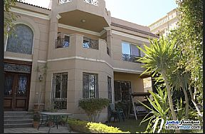 Ad Photo: Villa 5 bedrooms 6 baths 1100 sqm extra super lux in First Settlement  Cairo