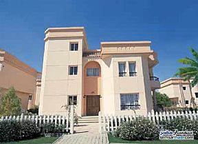 Ad Photo: Villa 3 bedrooms 3 baths 245 sqm extra super lux in Rehab City  Cairo