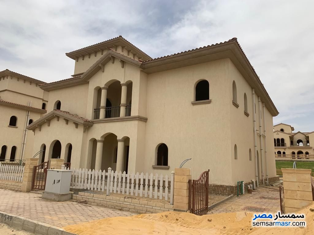 Photo 1 - Villa 5 bedrooms 5 baths 555 sqm semi finished For Sale Rehab City Cairo