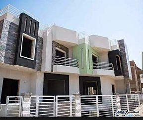 Ad Photo: Villa 5 bedrooms 4 baths 365 sqm semi finished in Palm Hills  6th of October
