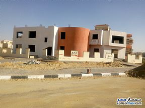 Ad Photo: Villa 1 bedroom 1 bath 751 sqm semi finished in Shorouk City  Cairo