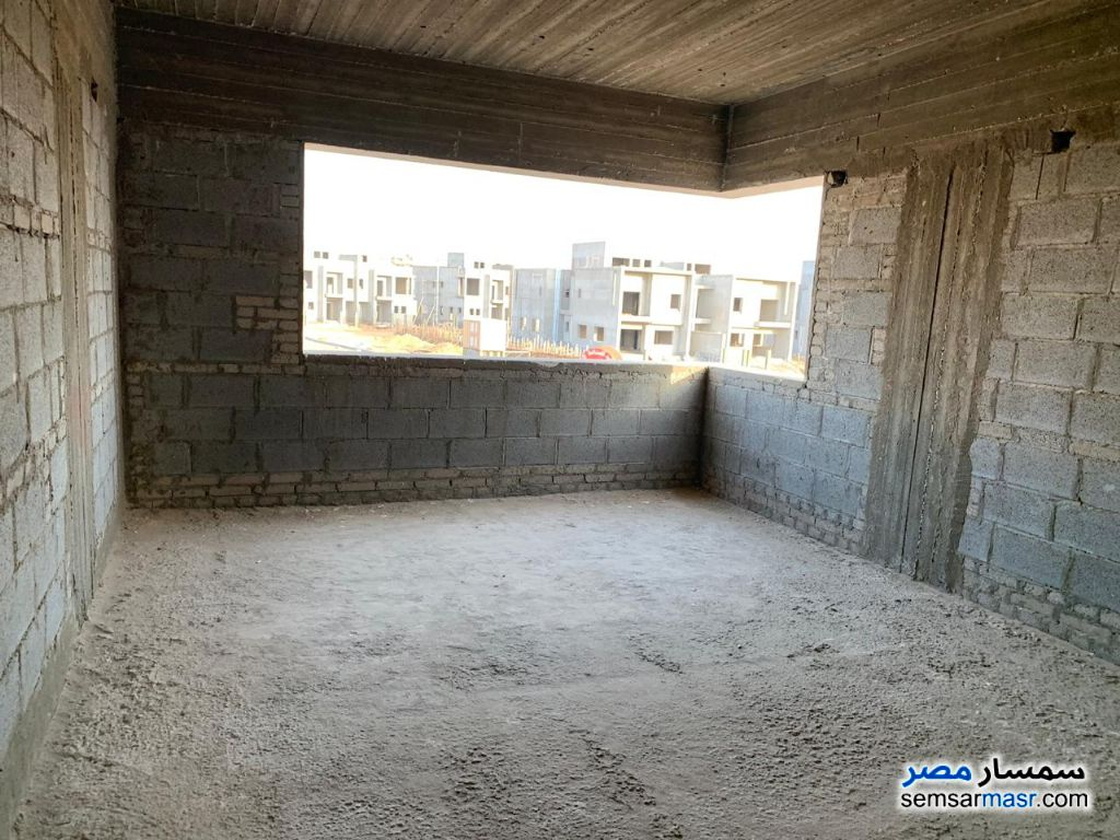 Photo 12 - Villa 3 bedrooms 3 baths 400 sqm without finish For Sale Madinaty Cairo