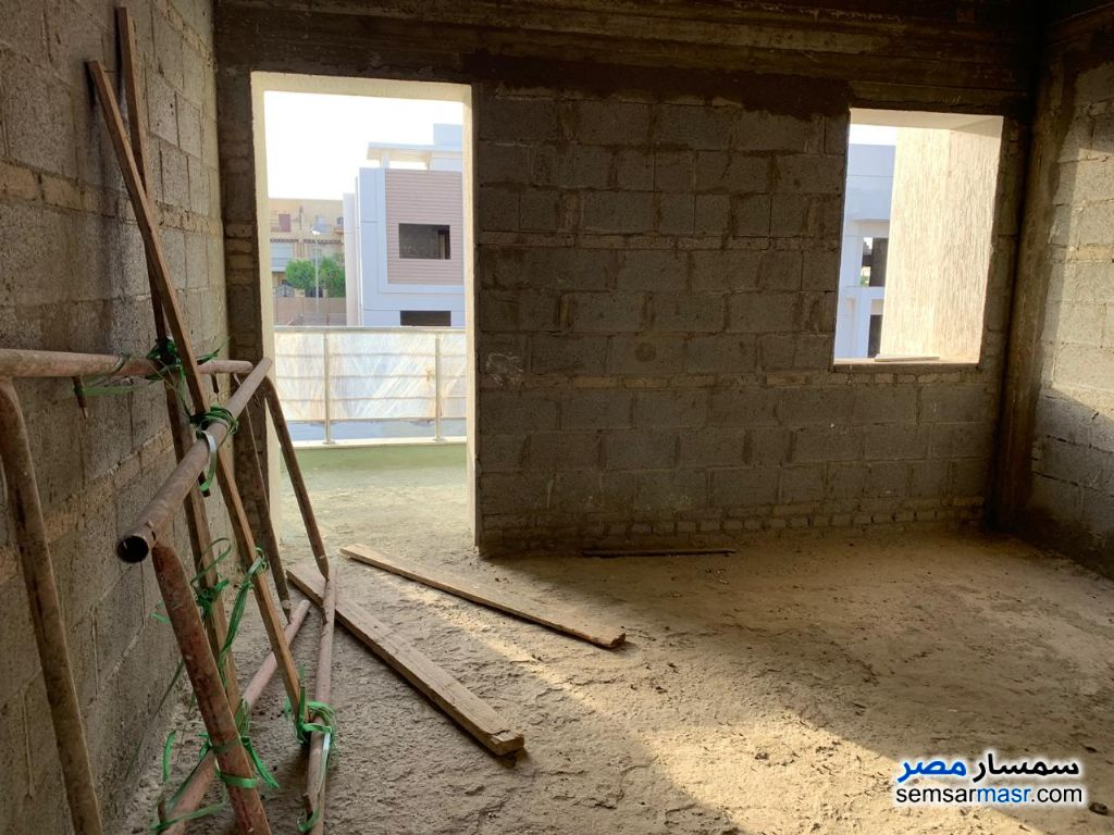 Photo 14 - Villa 3 bedrooms 3 baths 400 sqm without finish For Sale Madinaty Cairo