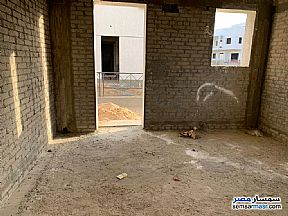 Villa 3 bedrooms 3 baths 400 sqm without finish For Sale Madinaty Cairo - 9