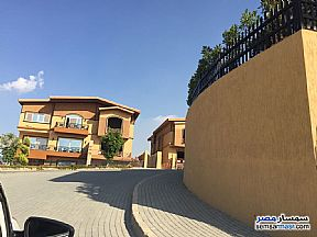 Ad Photo: Villa 3 bedrooms 4 baths 255 sqm semi finished in Hadayek Al Ahram  Giza