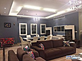 Villa 3 bedrooms 3 baths 250 sqm super lux For Sale Madinaty Cairo - 5