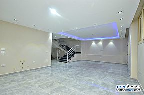 Villa 5 bedrooms 4 baths 570 sqm extra super lux For Sale Hurghada Red Sea - 3